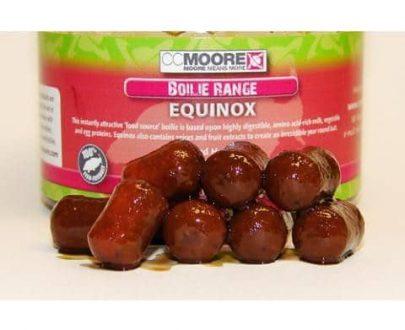 14297 2093 CC Moore Equinox Boilie 10x14mm v dipu 50ks 405x330 - Mikbaits SK