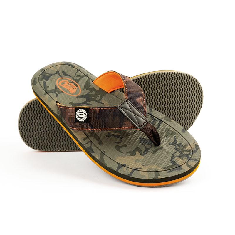c59f0f7f2f FOX Šľapky CHUNK™ Camo Flip Flops